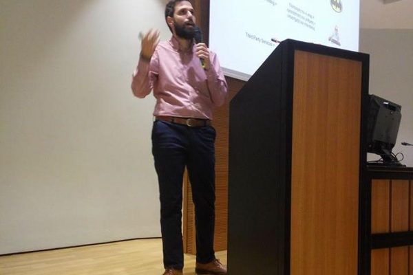O Στέλιος Ηλιάκης αναλύει το θέμα του e-commerce